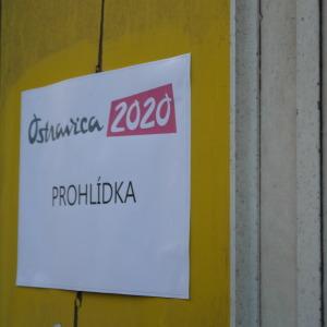 Nikos Boboras uspořádal už v roce 2014 veřejnou prohlídku chátrajících budov.
