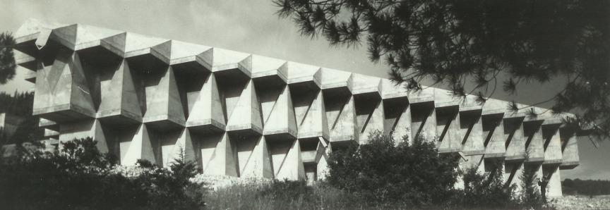 Architektura zmocňující se prostoru - ukázka 1